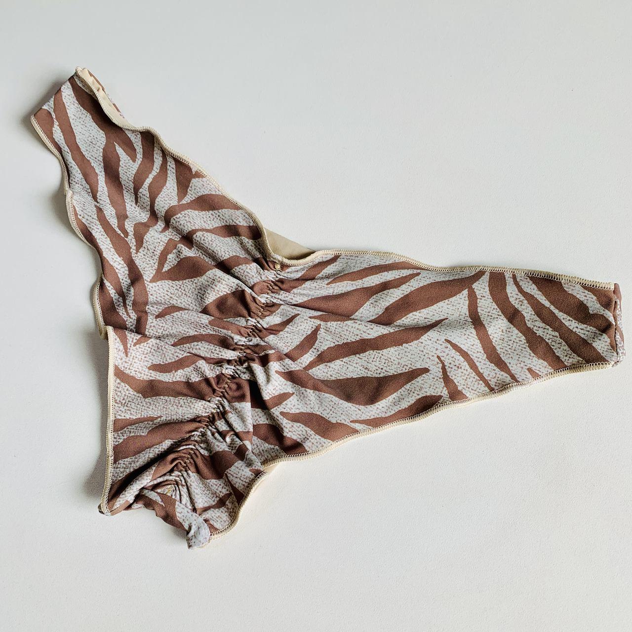 Biquíni Calcinha Lili Ondulada Ripple Zebra Nude