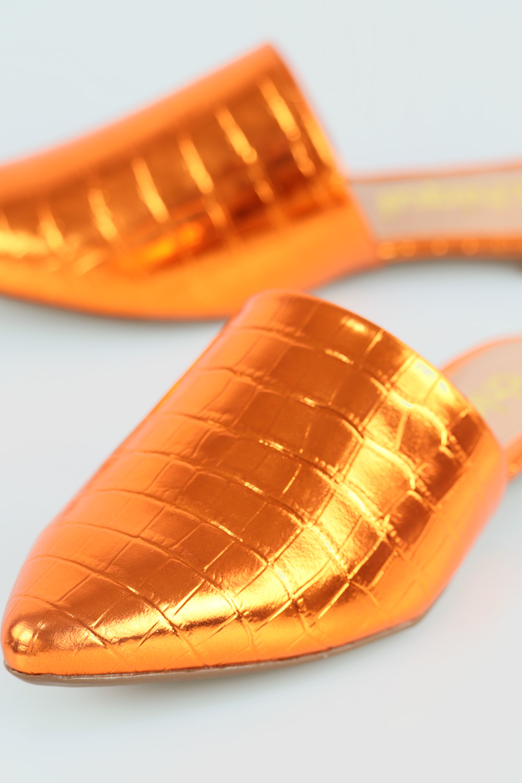 Mule Chiqui Bico Fino Croco Metálico Orange AC