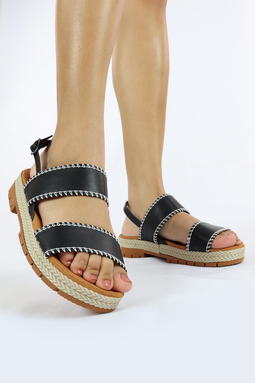 Sandália Chiqui Flatform Detalhe Costurada Napa Soft Preto