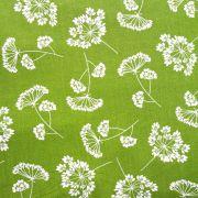 Estampa Floral Branco Fundo Verde