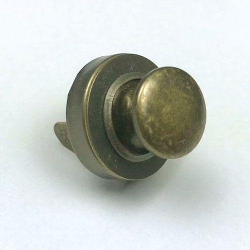 Botão de Imã com rebite Ouro Velho Nº 18