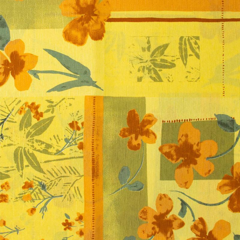 Tecido Gorgurinho - Flores Laranja Com Fundo Amarelo - 50cm x 150cm