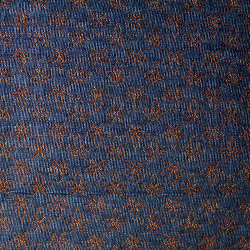 Tecido Matelassado Jeans Flor de Lis Linha Caramelo - 50cm X 150cm