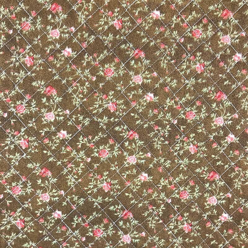 Tecido Matelassado Tricoline Rosas fundo Caramelo - 50cm X 150cm
