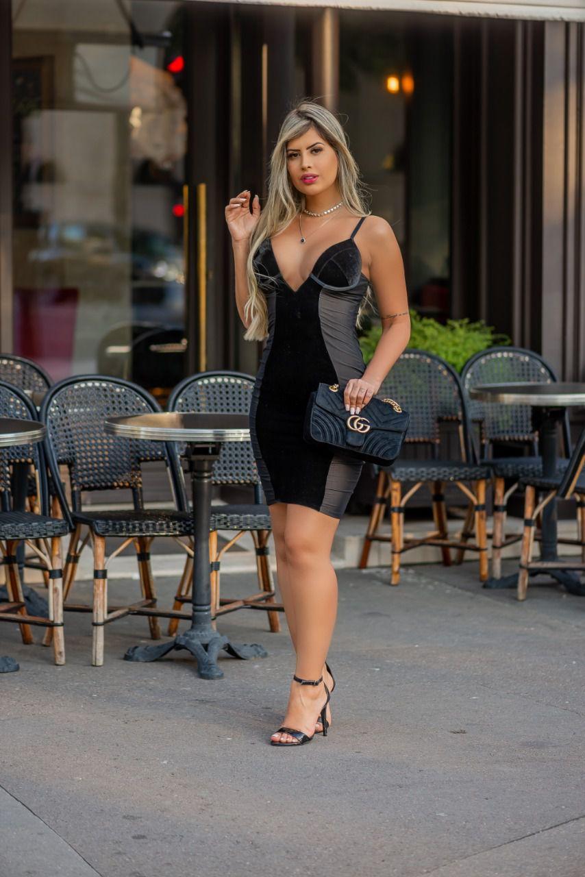 Camisola Vestido Cisne Negro - Segredo Lacrado