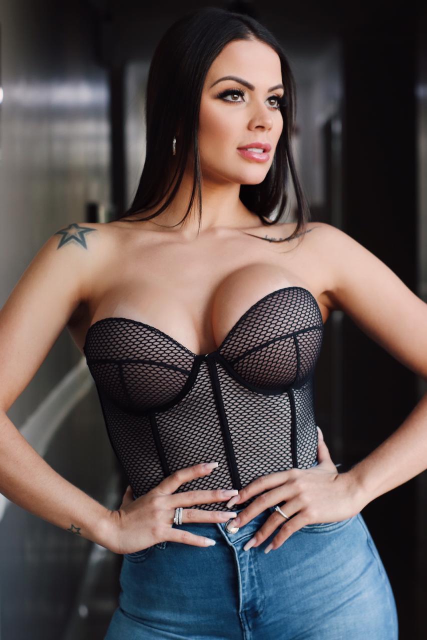 Espartilho Sofia Preto com Calcinha Hot - Segredo Lacrado