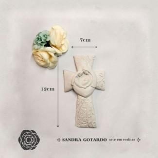 Aplique Resina Aplique cruz família de Jesus 12x7x2 - resina  ES 044 - Sandra Gotardo