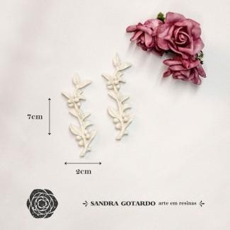 Aplique Resina Aplique flor ramos ( 2UN)  7x2x,5 - resina FO 010 - Sandra Gotardo