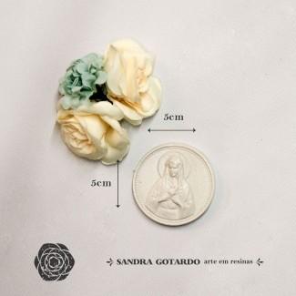 Aplique Resina Aplique medalha nossa senhora 5x5x,5 -resina  ES 048 - Sandra Gotardo