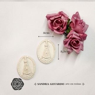 Aplique Resina Aplique medalha nossa senhora Aparecida ( 2und) 35x3x1 - resina  ES 049 - Sandra Gotardo