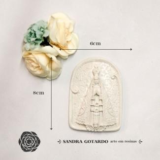 Aplique Resina Aplique medalha nossa senhora Aparecida 8x6x,5 - resina  ES 047 - Sandra Gotardo
