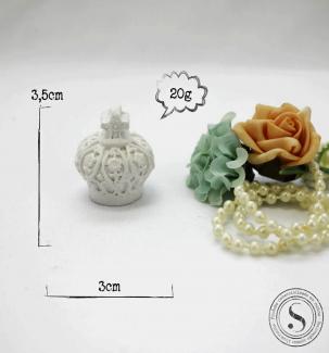 Aplique Resina Coroa 3D Redonda 3,5x3 SG Resinas Ref: CO007 - Sandra Gotardo