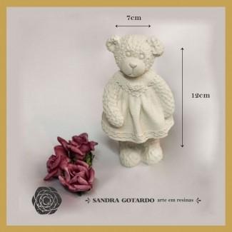 Aplique Resina Ursa resina 3D com vestido rodado 12x7x8- resina  UR 022 - Sandra Gotardo