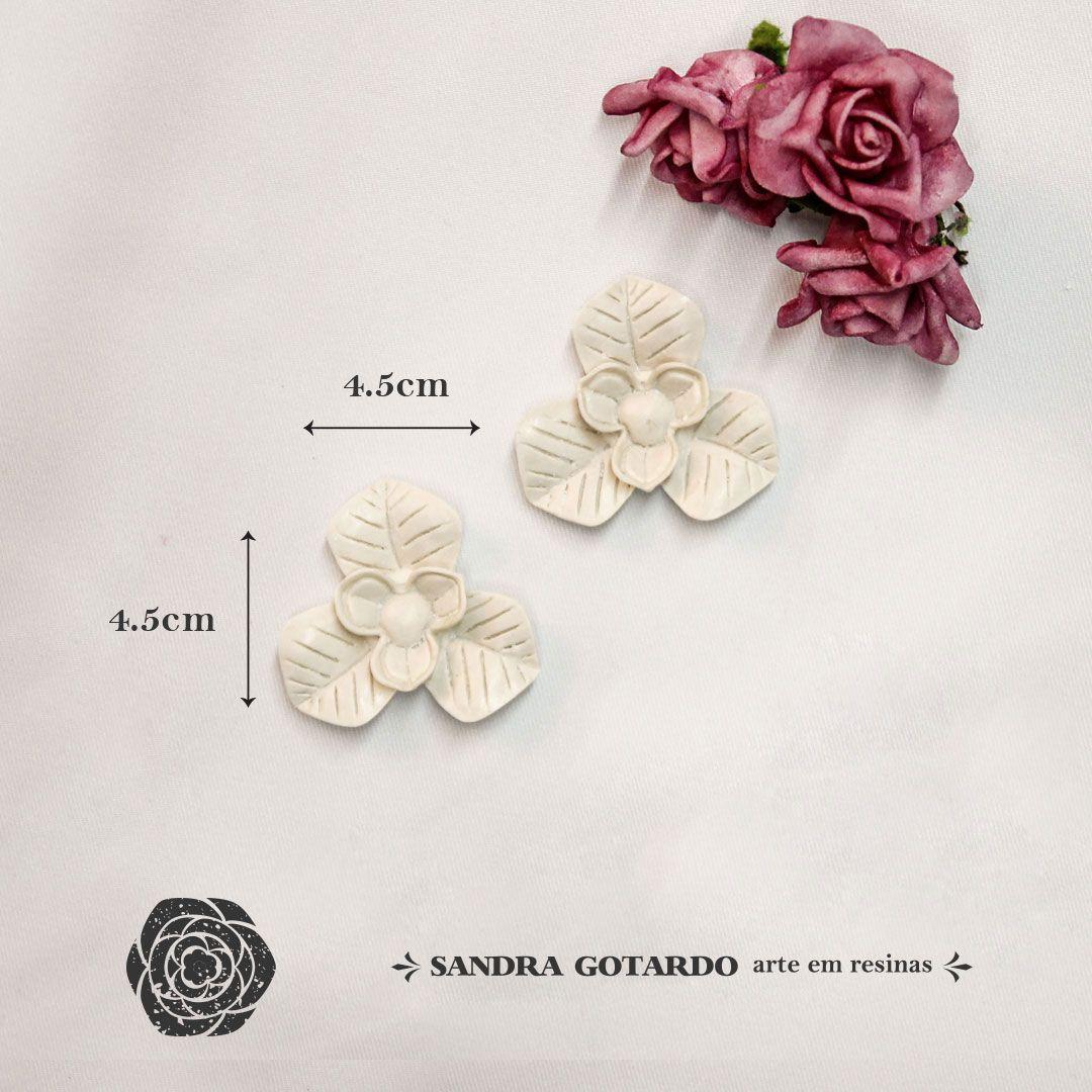 Aplique Flor  ( 2UN) 4,5x4,5x1 - resina FO 009