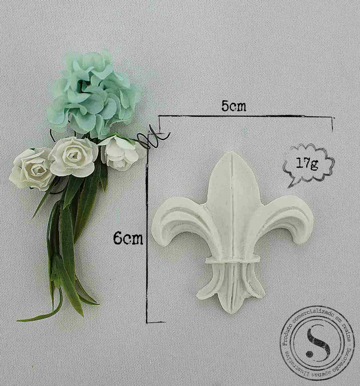 Aplique Resina Flor de Lis - FL002 - Sandra Gotardo