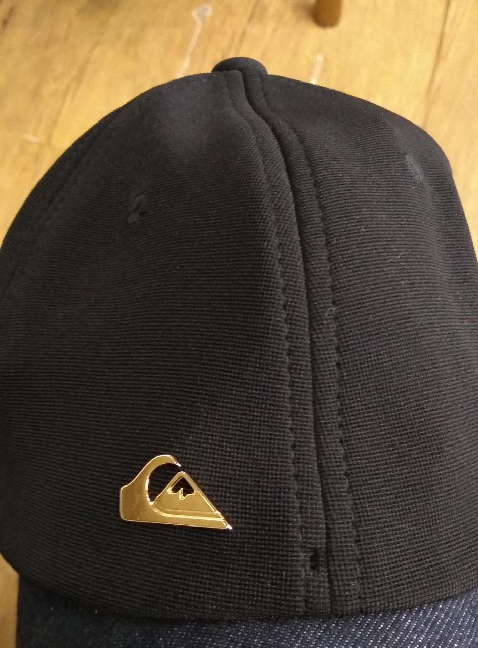 Boné Quiksilver 78.80.3123 Logo Metal Dourado
