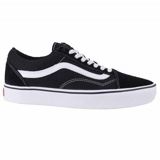 Tênis Vans UA Comfycush Old Skool Black/Whith