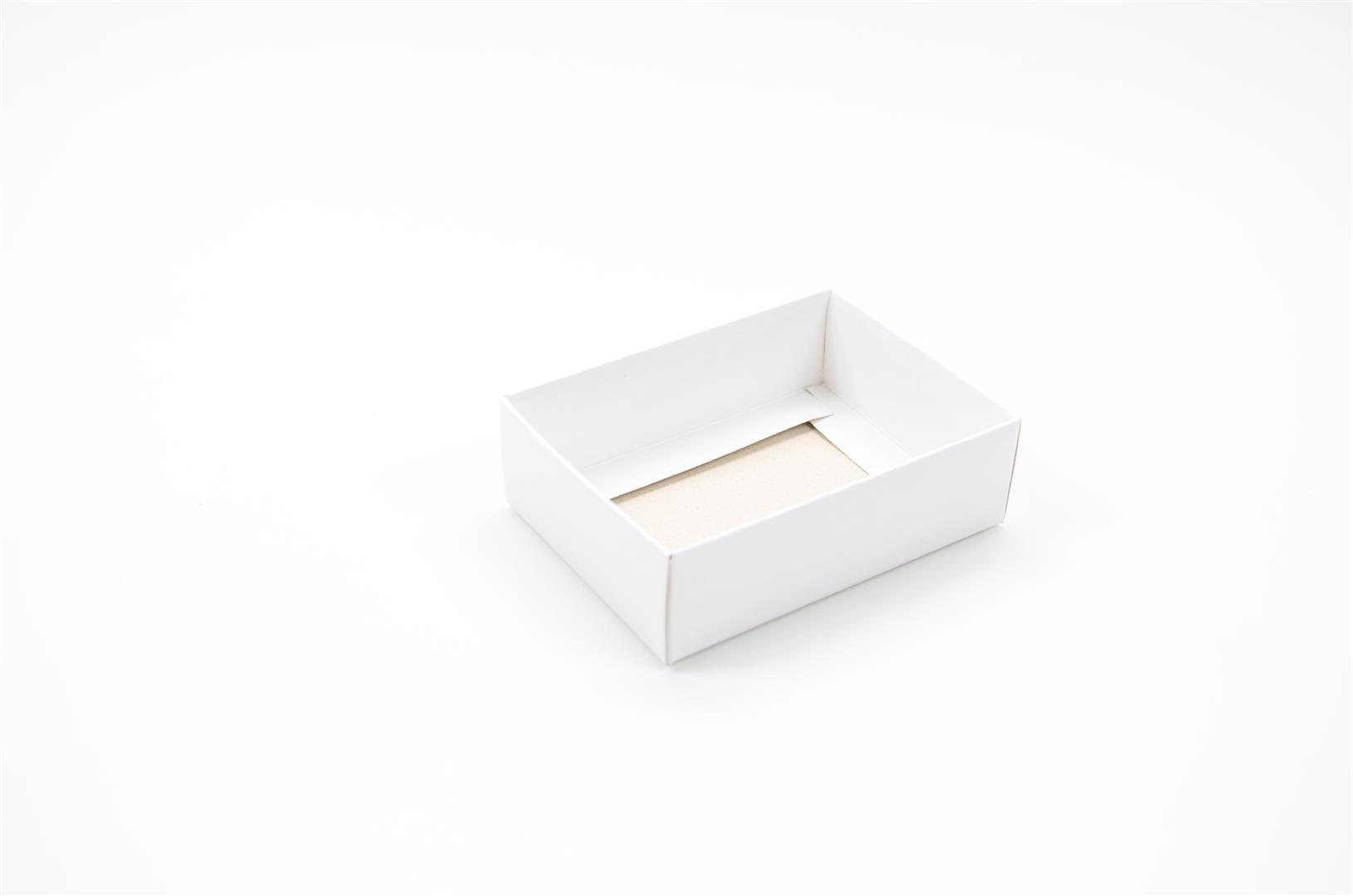 F040 - Fundo - 9,5x7x3 cm