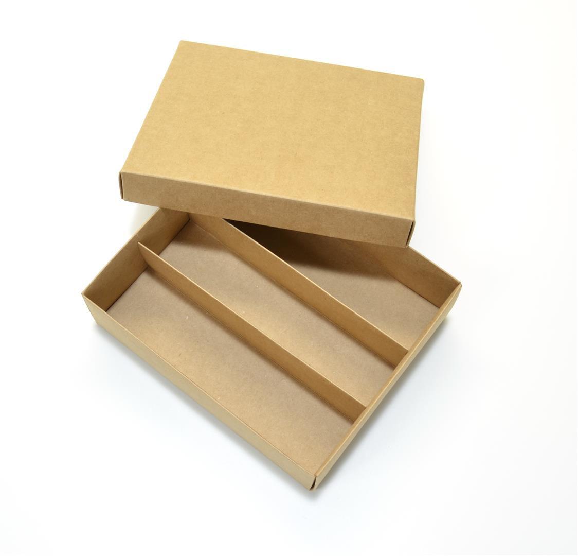 Ref 025 Kraft - Caixa p/ Garrafa e Taça - 21,5x18,5x6,5 cm - c/ 10 unidades