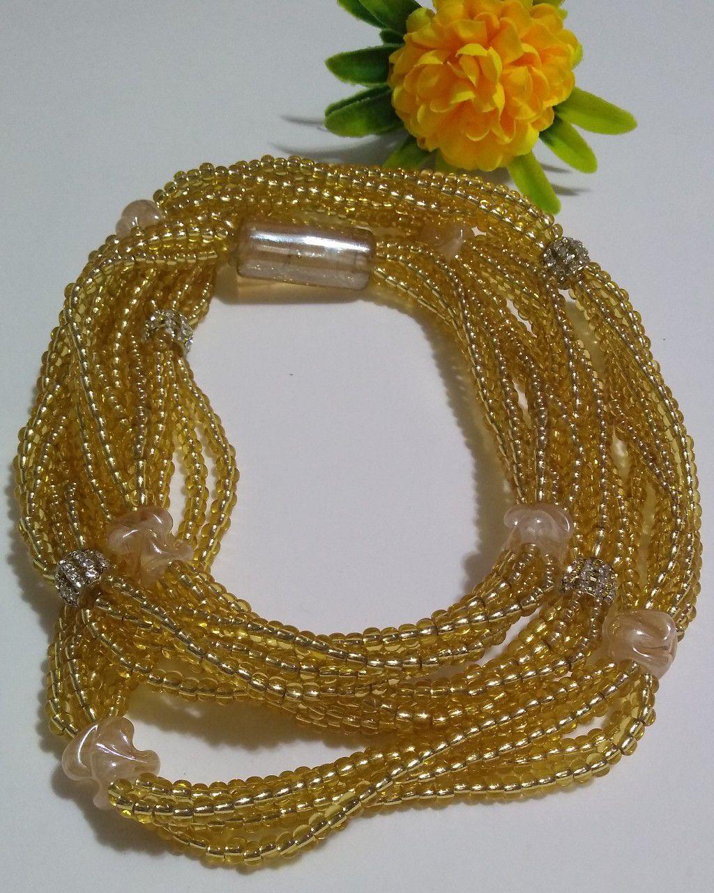 Brajá Luxo de Oxum com 5 fios e strass dourado