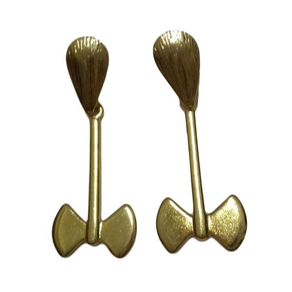 Brinco machado de Xangô dourado