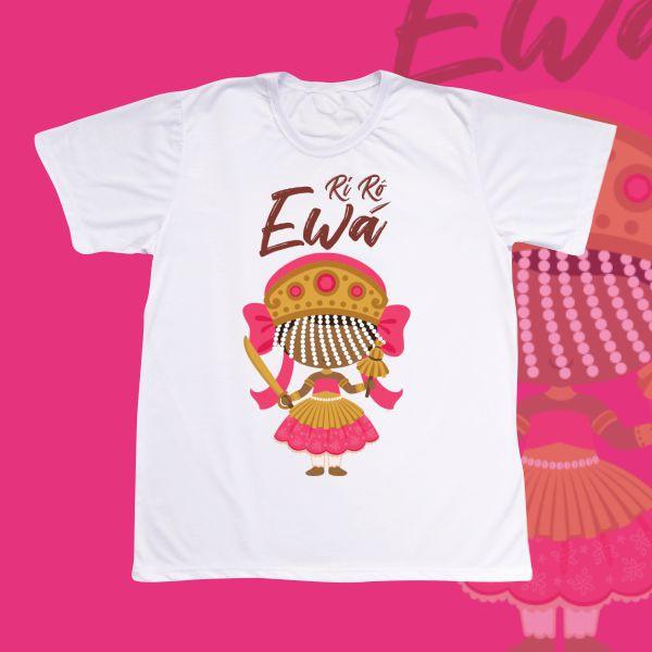 Camiseta Ewá com franja e sem cenário