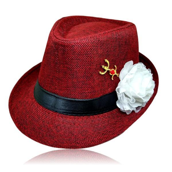 Chapéu Panamá de Pombagira com rosa branca e tridente