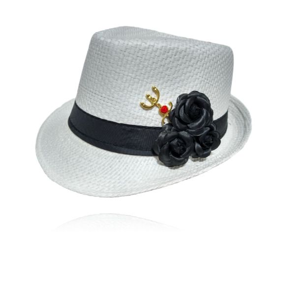 Chapéu Panamá de Pombagira com rosa preta e tridente