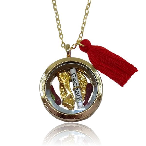 Relicário dourado de Corpo Fechado com figa, pimenta e ferradura