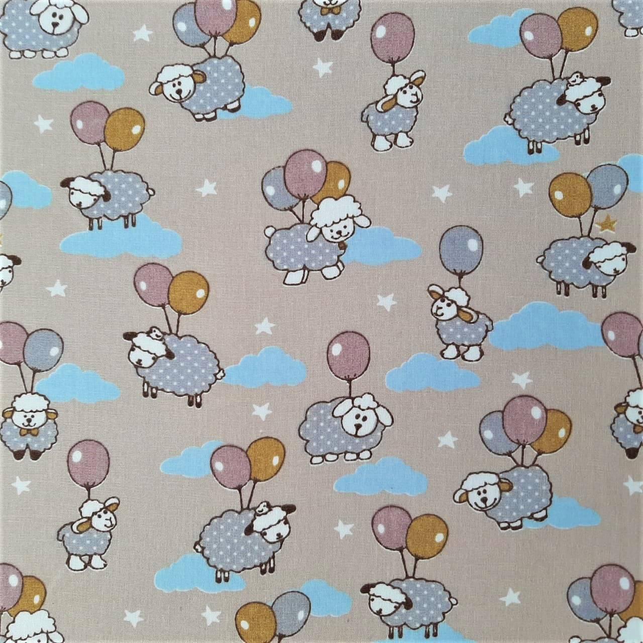 Folha de Eva Com Tecido Ovelhinhas e Balões 40x30 cm
