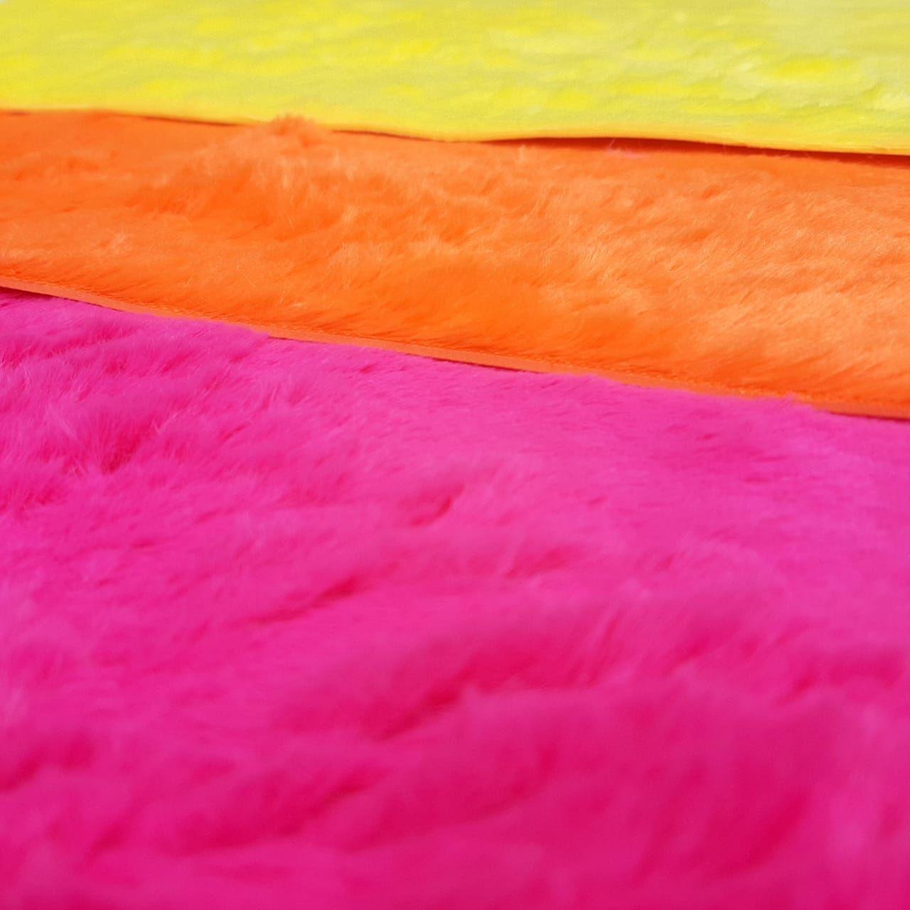 Folha de Eva Com Tecido Peluciado Neon 40x30 cm