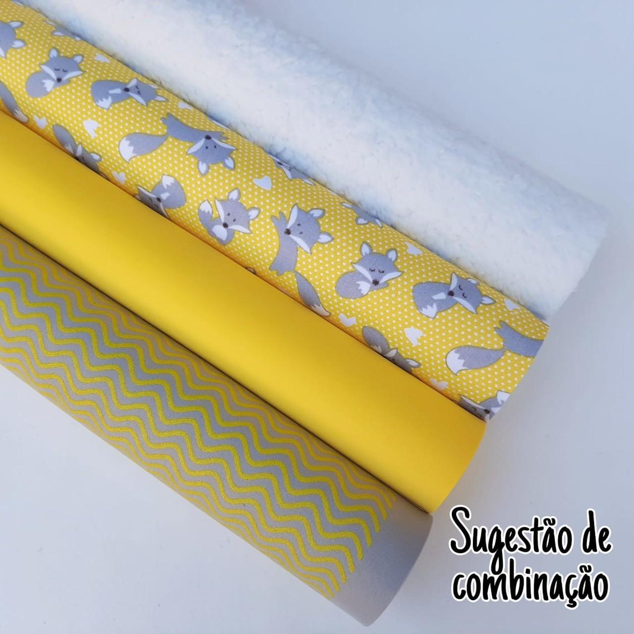 Folha de Eva Com Tecido Raposas Amarelo 40x30 cm