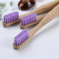 Par de escovas de dente ecológicas p/ casal