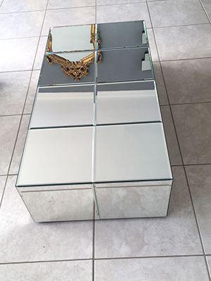 Mesa de Centro Espelhada Sophia Bisote  - Universo Decor Quadros & Espelhos