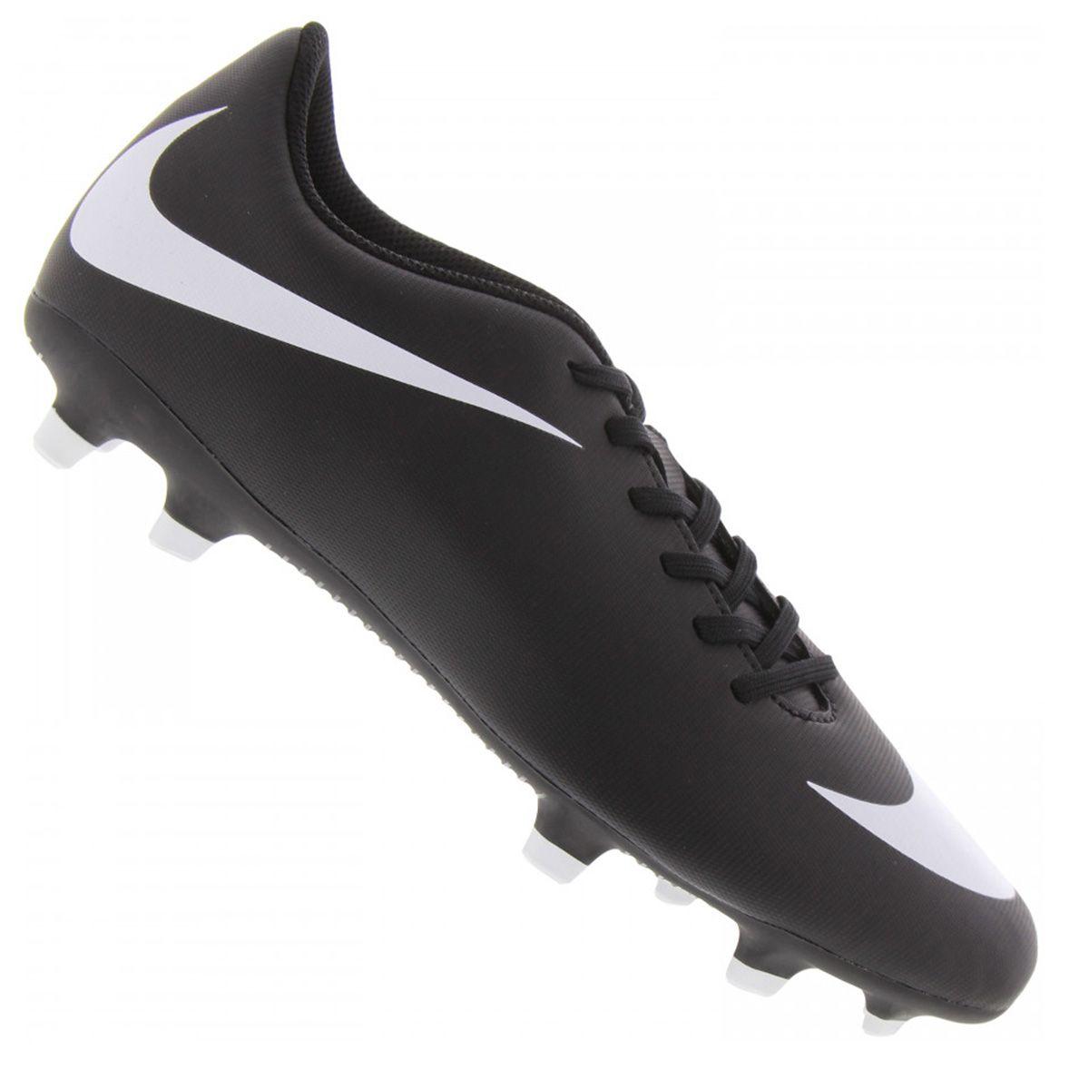 Chuteira Campo Nike Bravata II FG