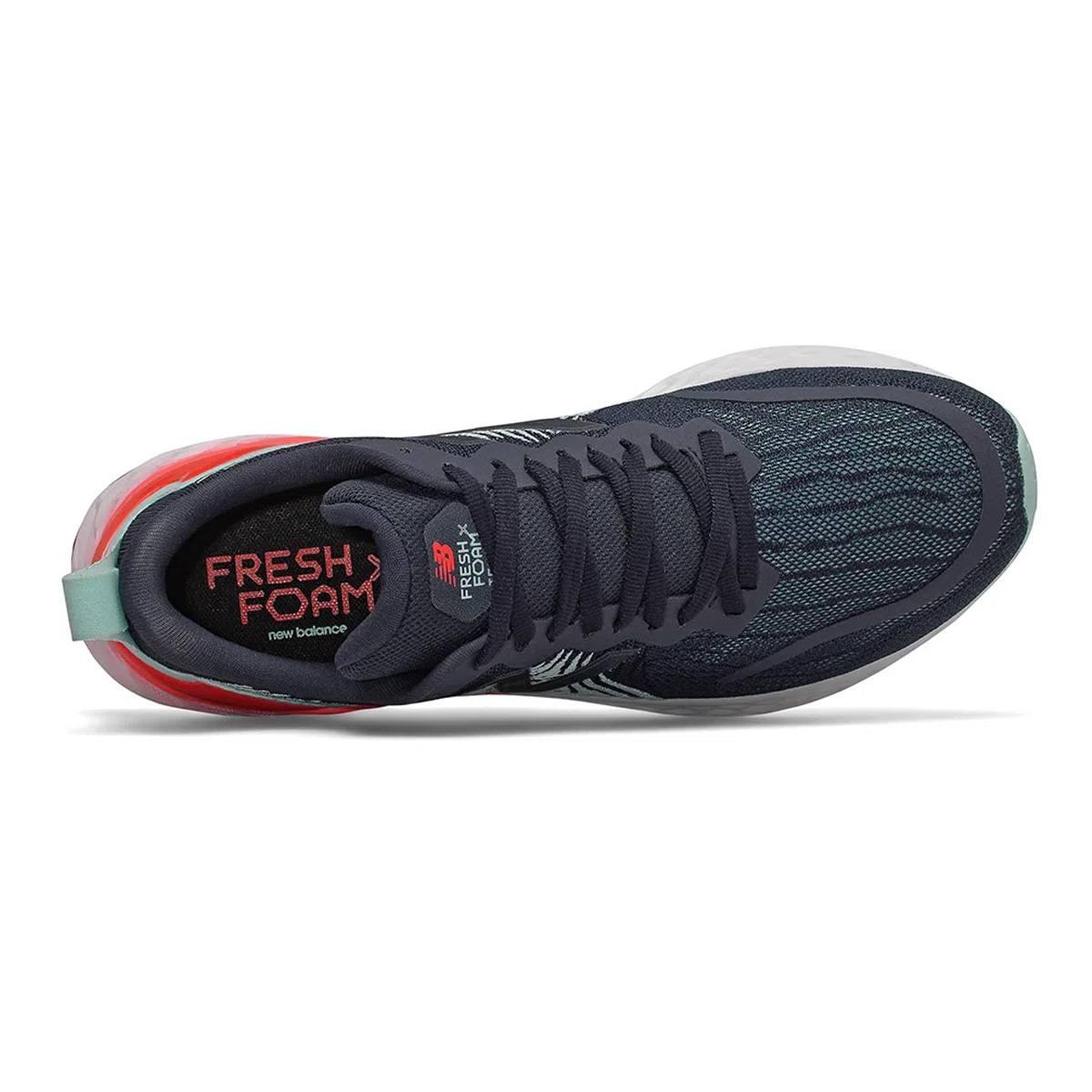 Tênis New Balance Fresh Foam Tempo Masculino