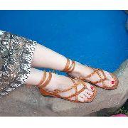 Sandália em Couro de Amarração Laranja