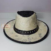 Chapéu de Couro Pelo de Carneiro Claro
