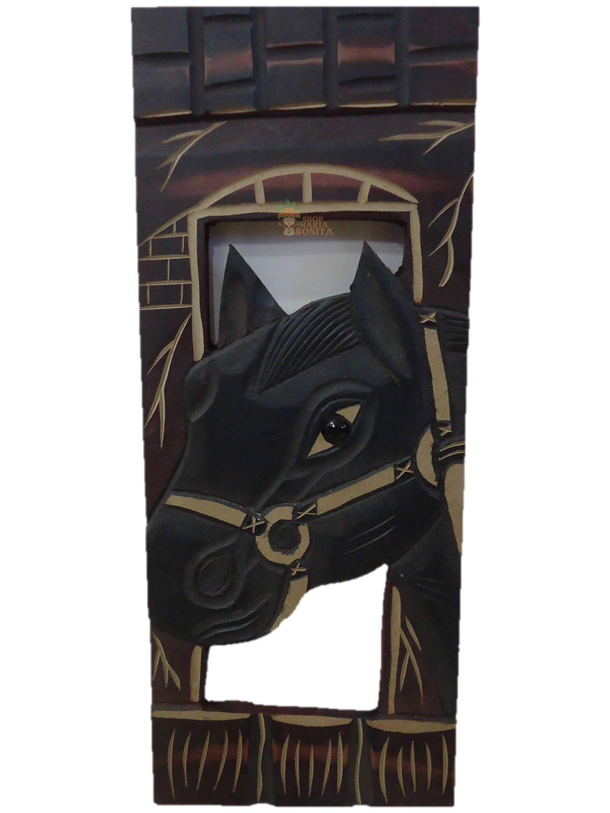 Quadro de Cavalo em Madeira (Artesanato em Madeira)