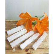 Bastão bruto Selenita Branca - Unidade - 9 a 15 cm (55 a 70g)