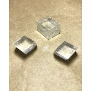 CALCITA ÓTICA BRANCA BRUTA - UNIDADE - 1,5 a 2 cm (11 a 14g)