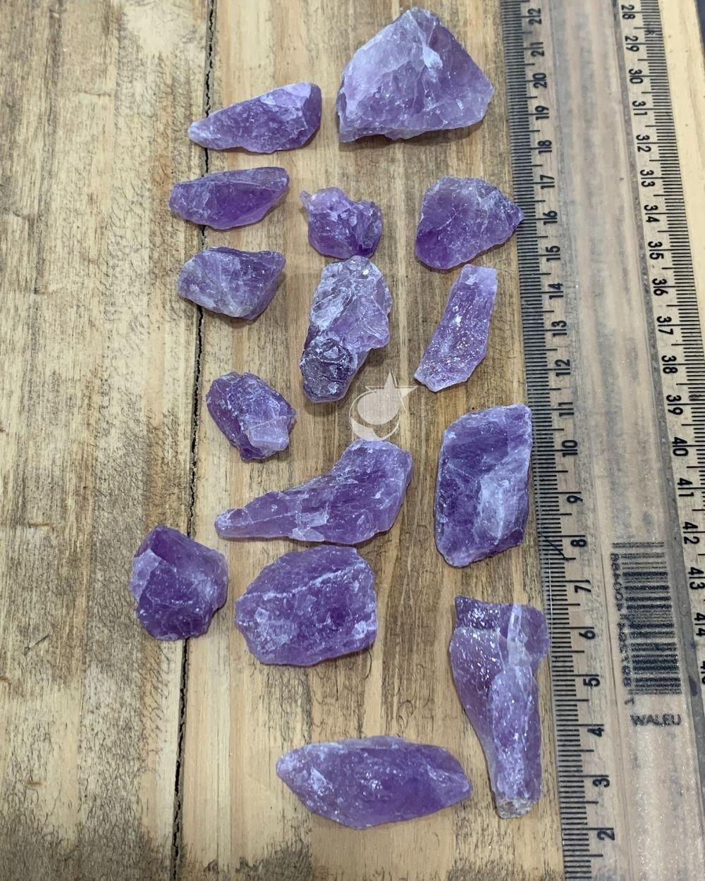AMETISTA BRUTA - PACOTE COM 50g (4 a 5 pedras)