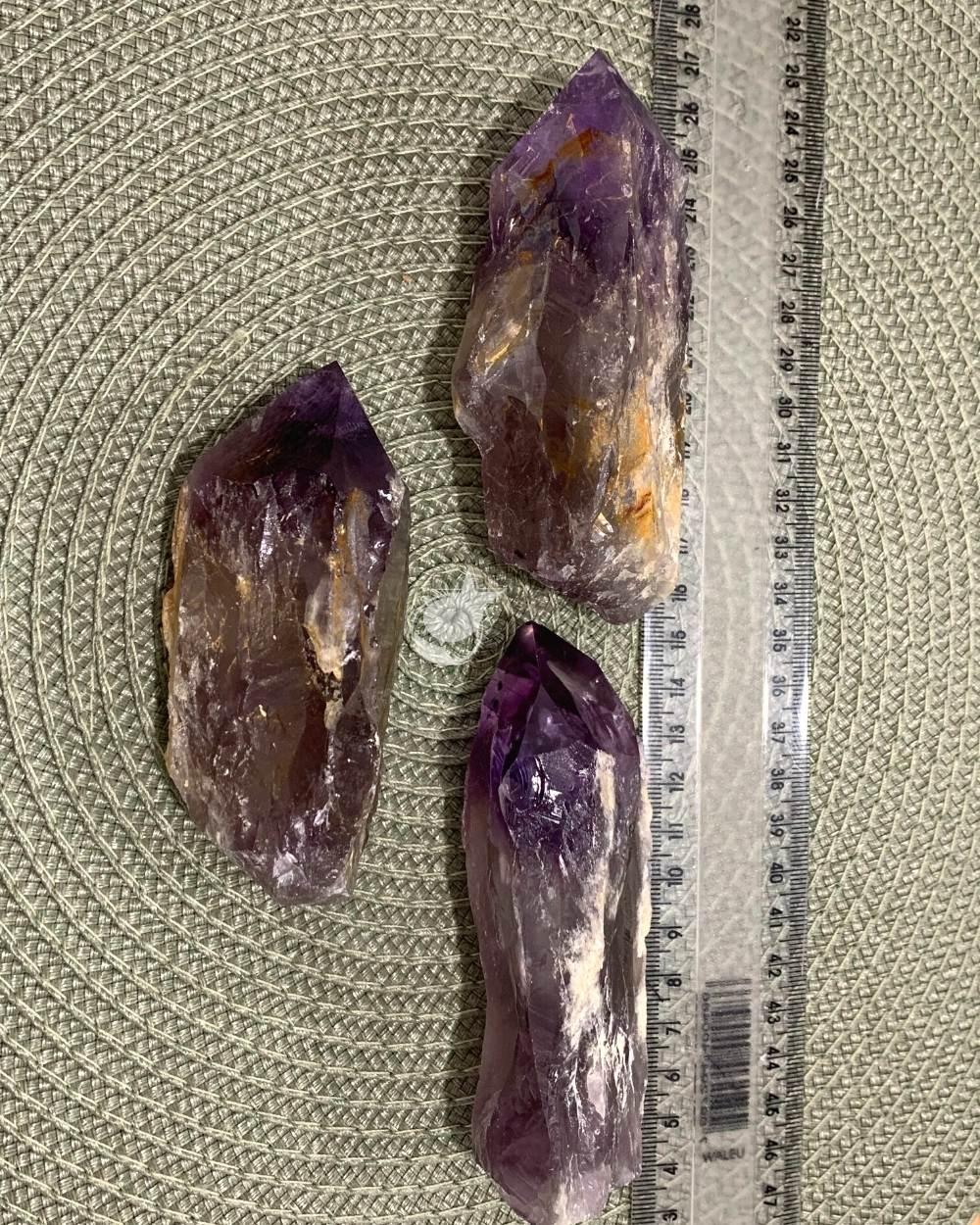 AMETISTA BRUTA - UNIDADE - 10 cm -  (200 a 220 g)