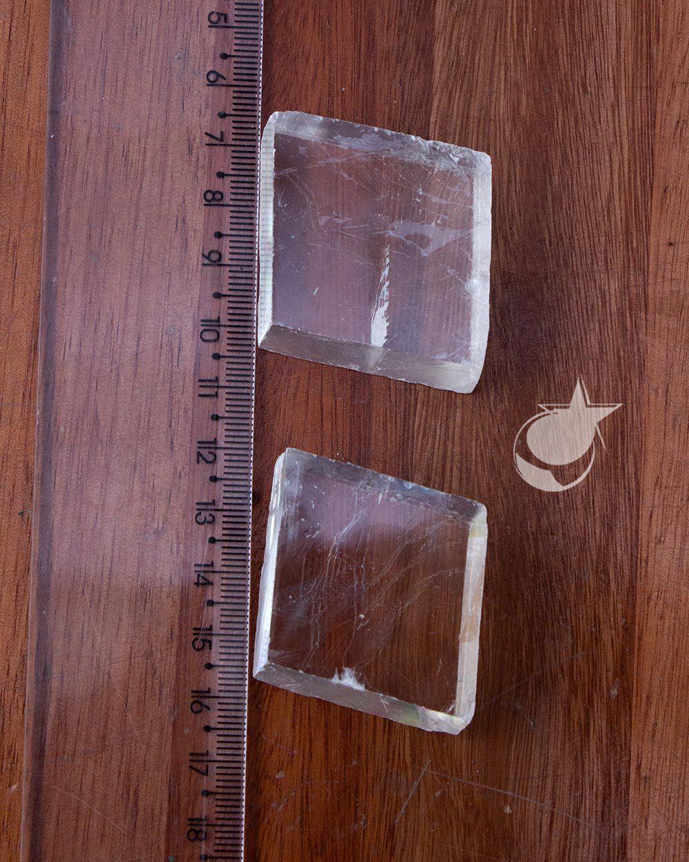 CALCITA ÓTICA BRANCA BRUTA - UNIDADE - 3,5 a 4 cm- (40 a 50g)