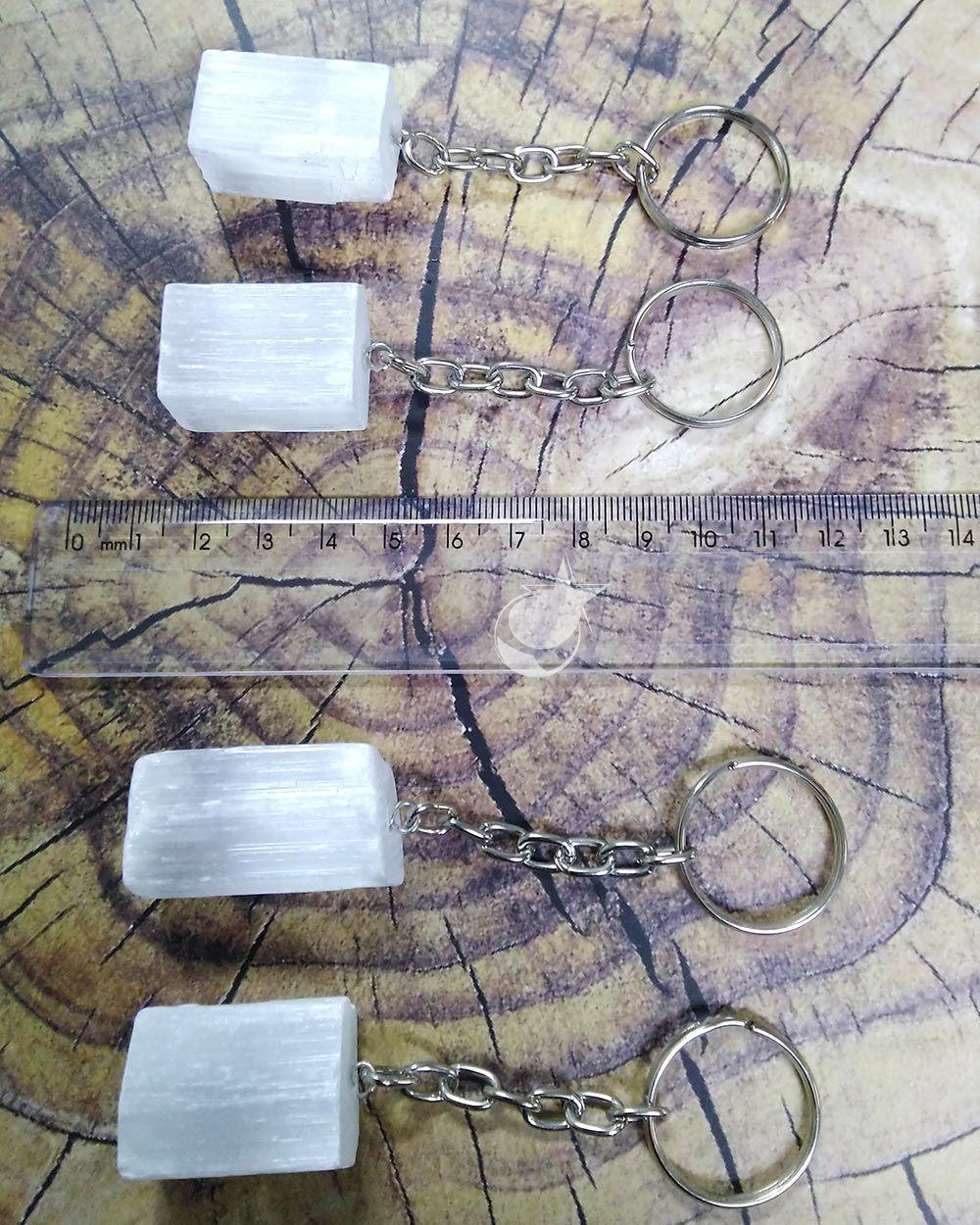CHAVEIRO SELENITA BRANCA - UNIDADE - 2,8 A 3,2 cm