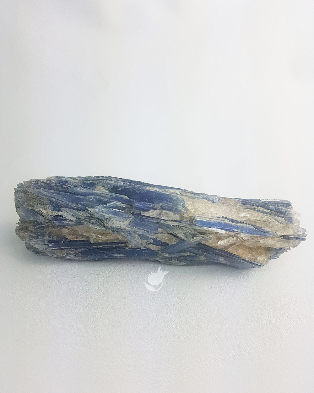 CIANITA AZUL BRUTA - 20 cm