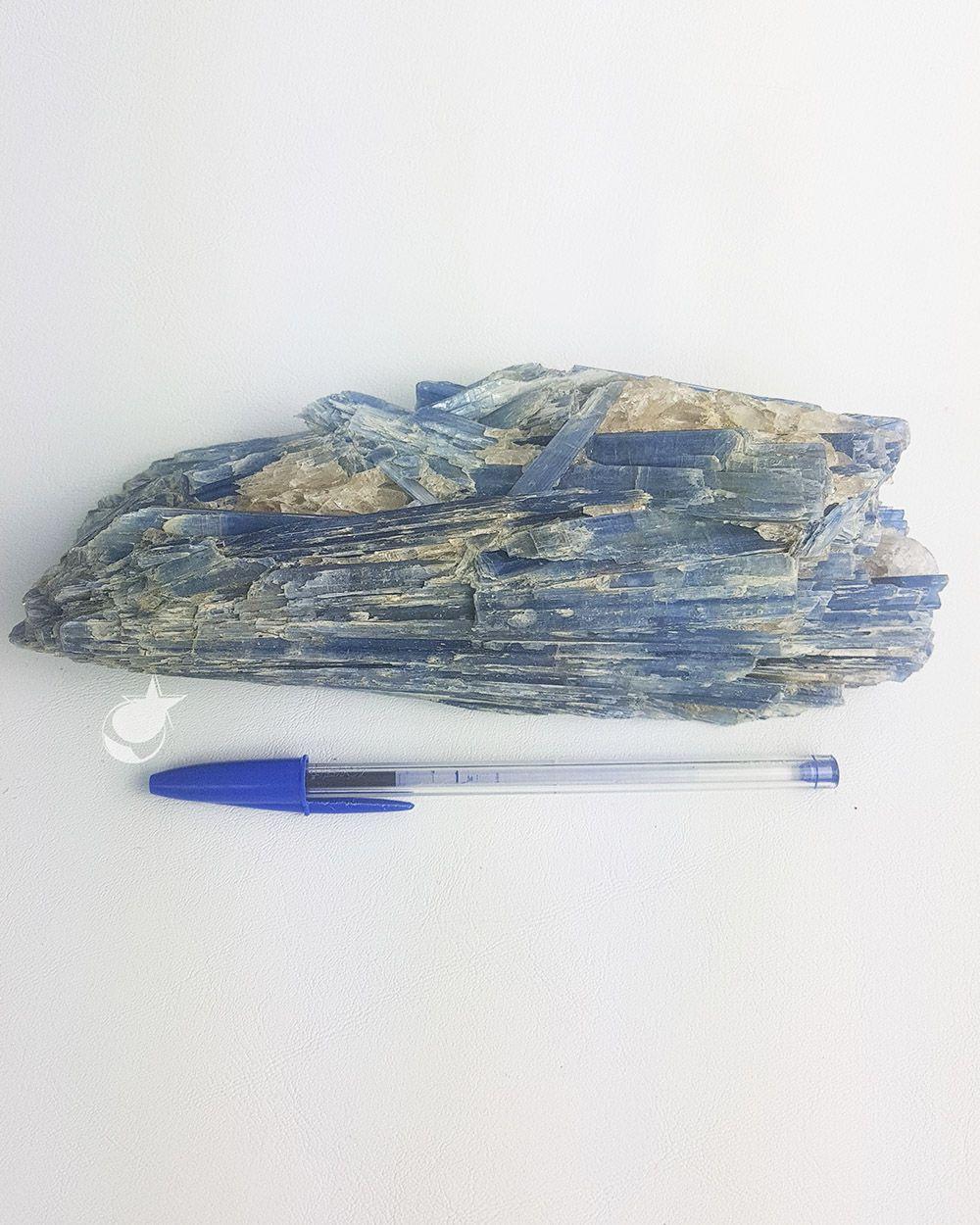 CIANITA AZUL BRUTA - PEDRA DO ANO - 20 cm