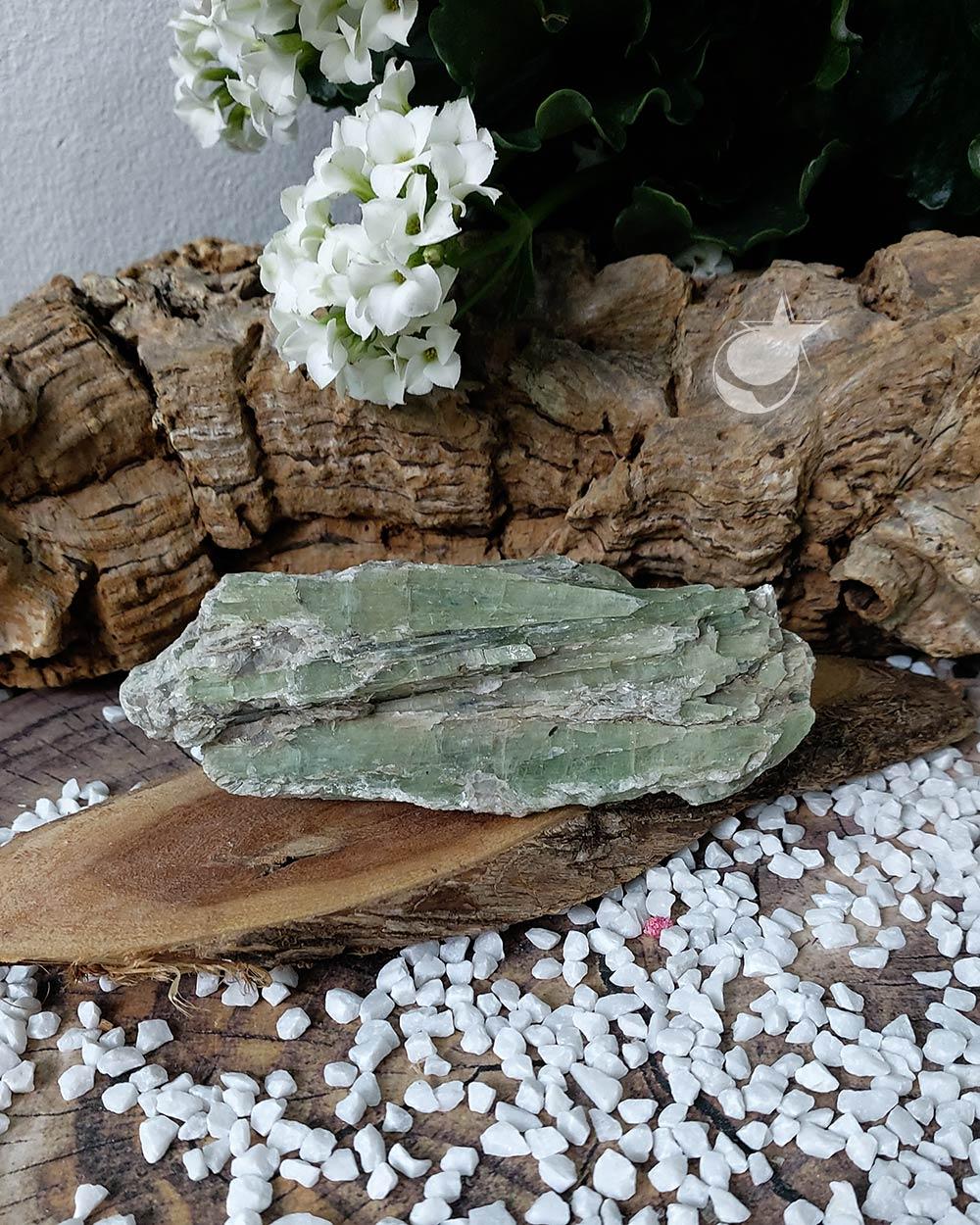 CIANITA VERDE - 13 cm (278g)