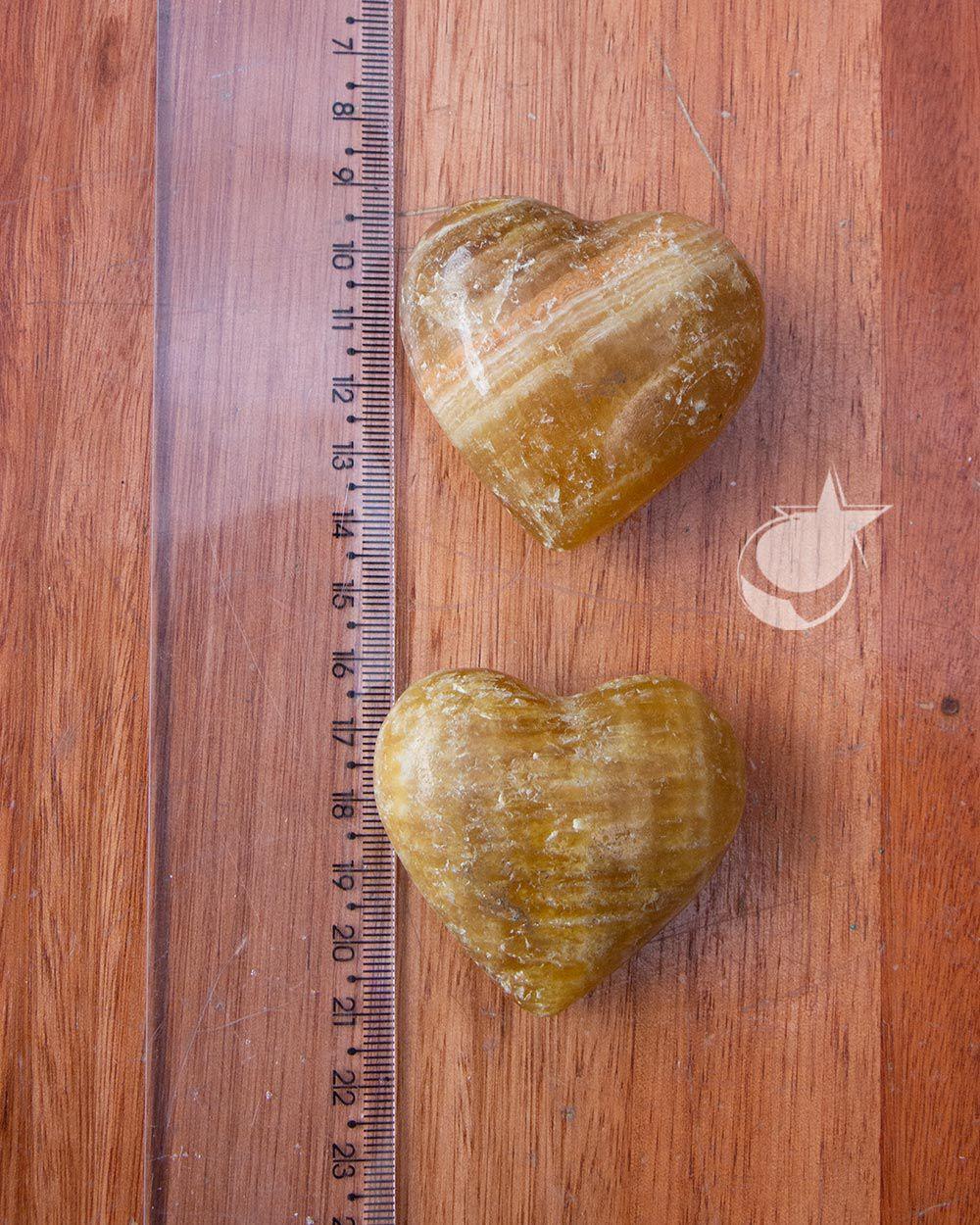 CORAÇÃO CALCITA MEL - UNIDADE - Aprox. 4,5 cm - (75 a 90g)