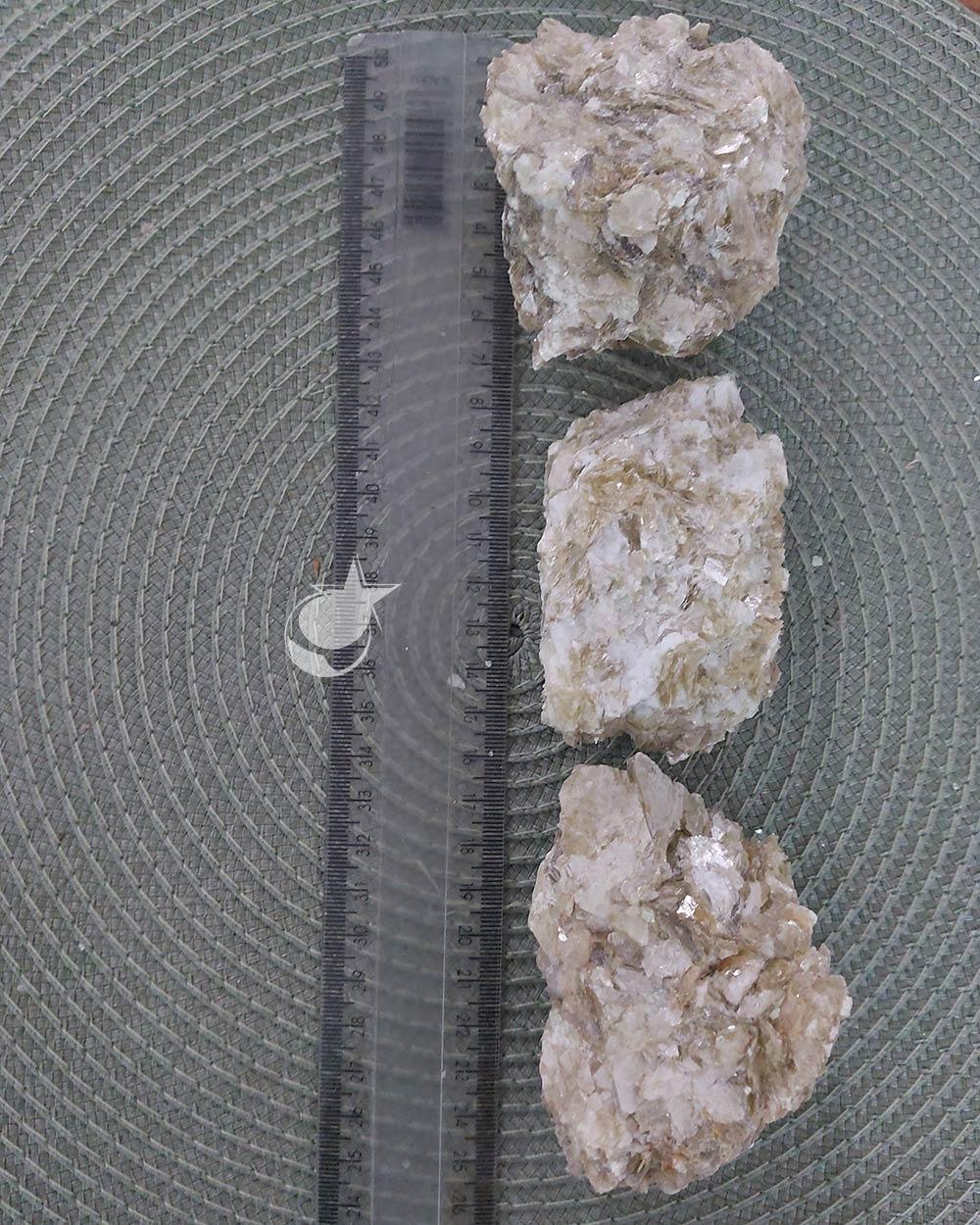 MICA AMARELA BRUTA - UNIDADE - 8 a 10 cm (230  a 280g)